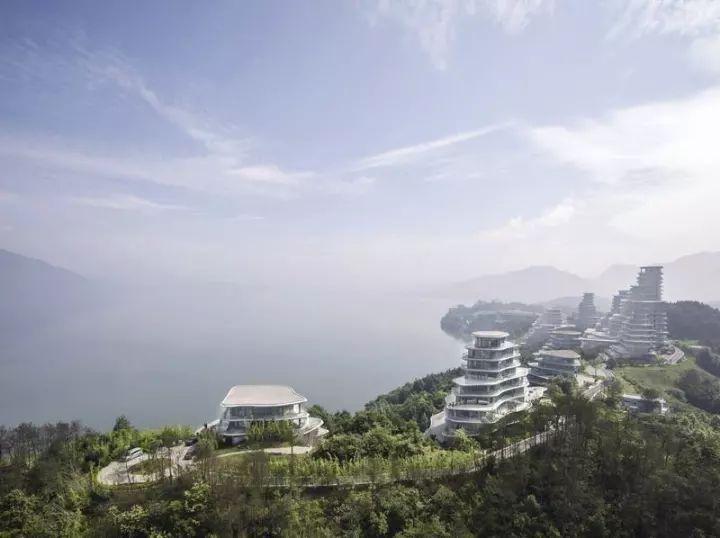 马岩松新作品:10栋高矮不一的建筑