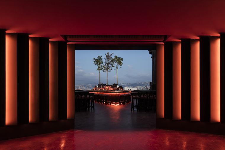 RedManera–SKYBAR夜间俱乐部庭与寿司餐厅休息区空间