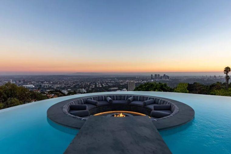 3.98亿的超级山顶豪宅,无比奢侈的观景台_14