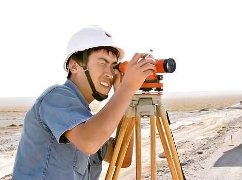 土建房屋施工测量放线方法与技巧,从建筑物定位到封顶