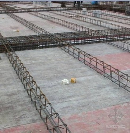 NZ内模现浇空心楼盖施工工法