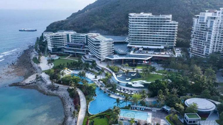 酒店新的景观设计:山,海,天融为一体
