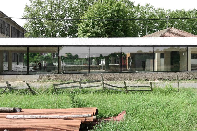 法国简洁木结构的学校食堂扩建-3