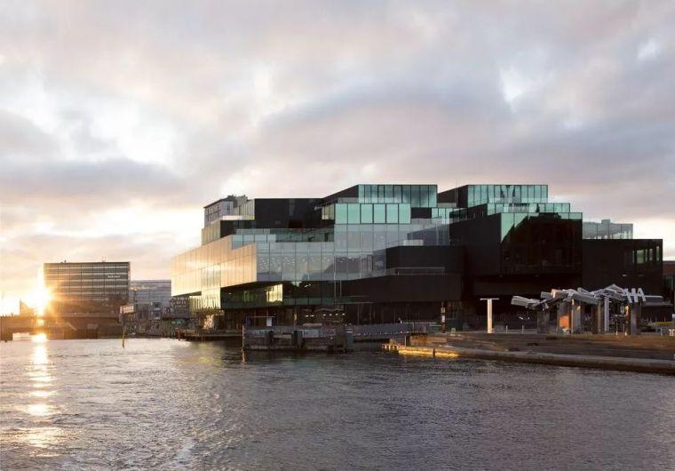 碳中和建筑   哥本哈根BLOX综合体
