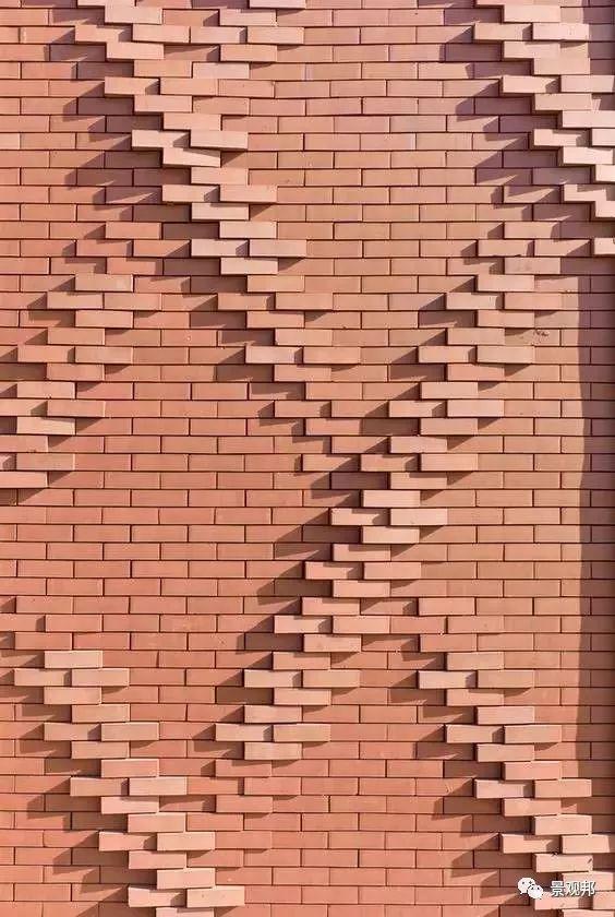 土掉渣的红砖耍起个性来,其他材料都得靠边站_15
