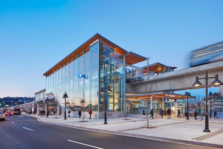 加拿大长青线车站-3