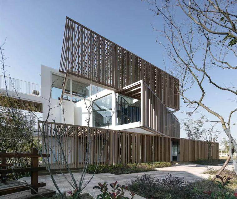 新作 虚实之间:集装箱衍生出的空间折叠/亿端国际设计