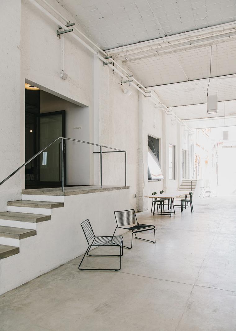 仓库建筑的古典风格Montoya办公楼-12