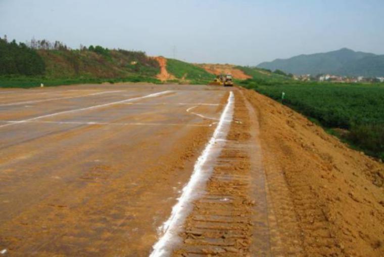 [全国]高速路基工程、桥涵背回填施工技术要求(共49页)