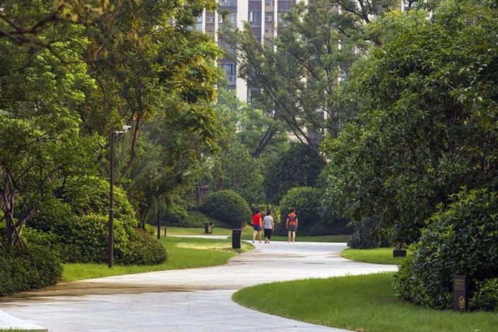 杭州融创瑷颐湾住宅景观的实景图 (13)