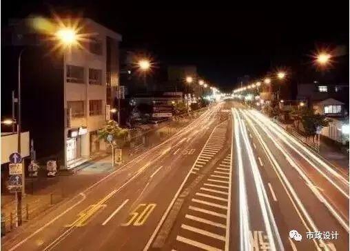 为什么高速公路上不设置路灯?