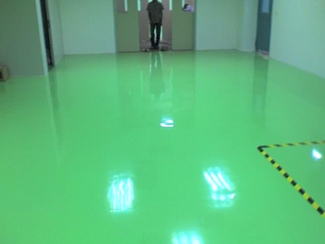 工业地面选择环氧地坪漆的理由是什么?