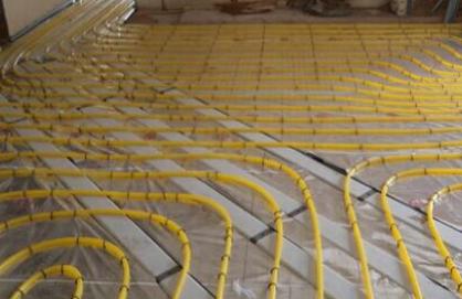 地热采暖系统的设计、施工与调试行运