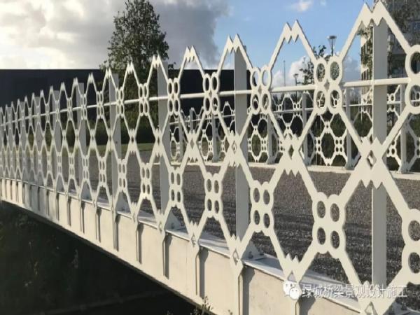 国外设计师的别样桥梁栏杆装饰,你有喜欢的嘛?