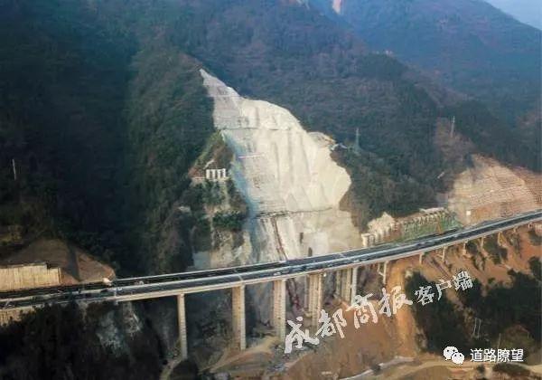 四川藏区不通高速成历史_10
