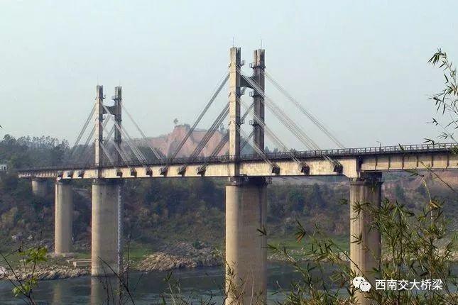 16人死亡!正在施工的桥梁半幅突然垮塌,事故过程、原因详解_5