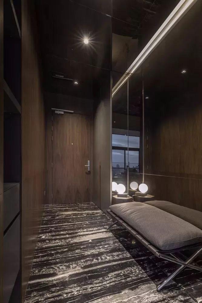 室内设计 130㎡的单身公寓,设计感十足_3