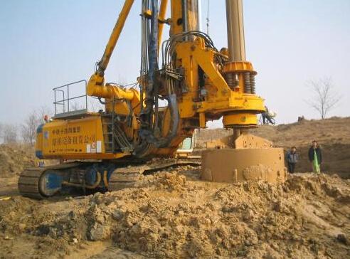 软土地基深井桩基工程中的旋挖钻孔灌注桩施工