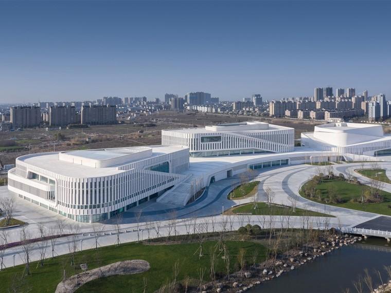 辽宁地标建筑多层百货大楼机电工程施工组织设计