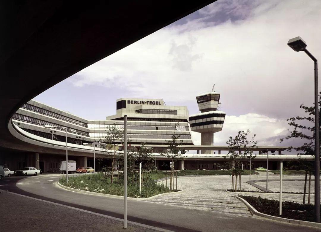建筑遗产|柏林泰格尔机场列入文物保护建筑清单_2