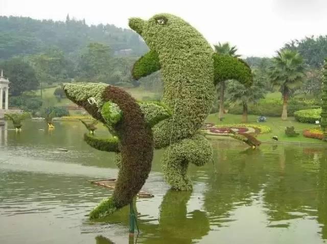 80个极美植物雕塑_37