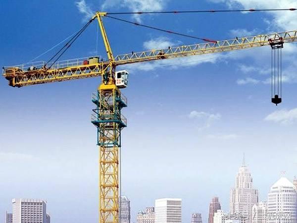 施工现场怎么布置塔吊?图解塔吊选型及定位!
