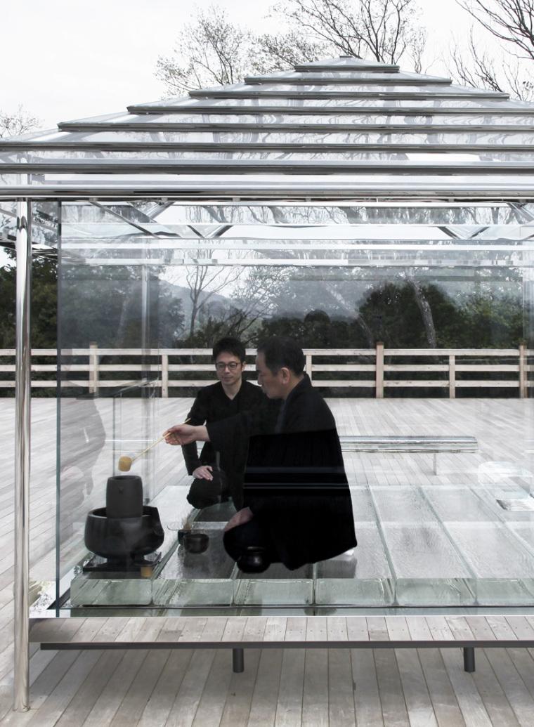 日本山顶玻璃茶馆_11