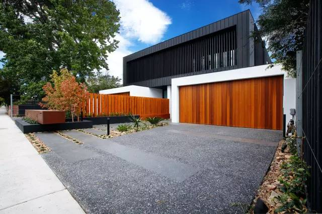 赶紧收藏!21个最美现代风格庭院设计案例_154