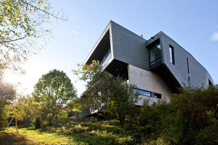 加拿大结构与空间独特的霍普港住宅