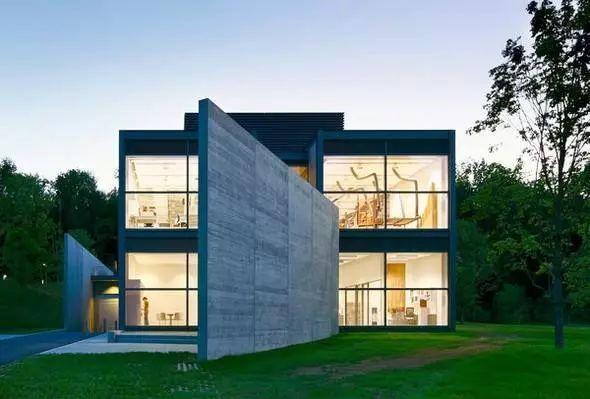 从半路出家到建筑大师,安藤忠雄设计的书店让你不想回家_4