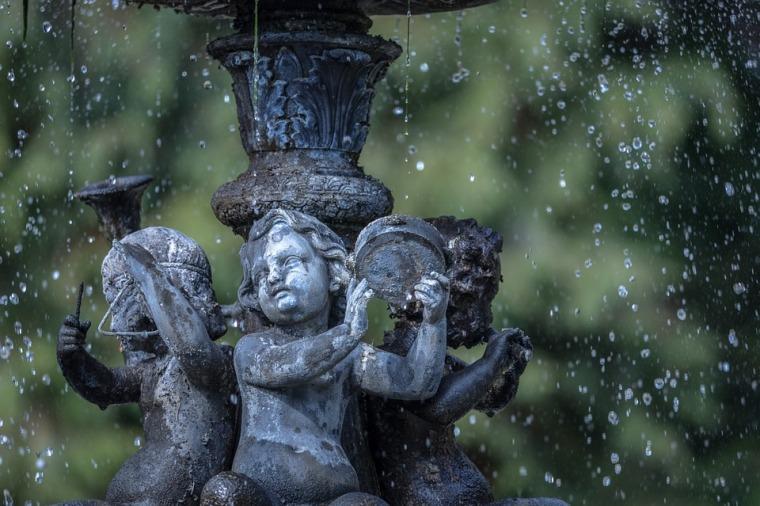 fountain-675488_960_720