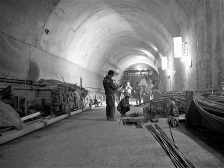 电力隧道施工方案(共86页)