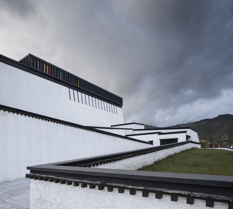 027-tibet-intangible-cultural-heritage-museum-by-shenzhen-huahui-design-co-ltd