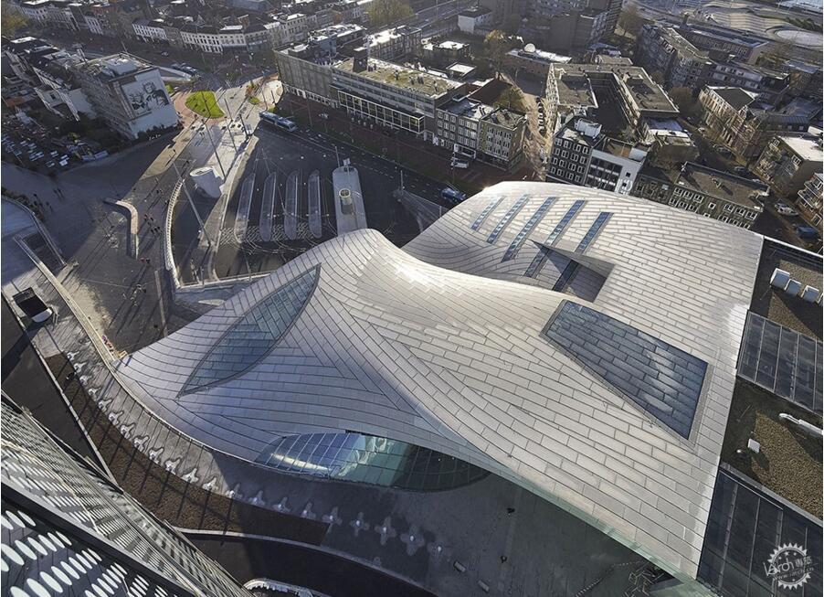 这样的火车站设计媲美航站楼!