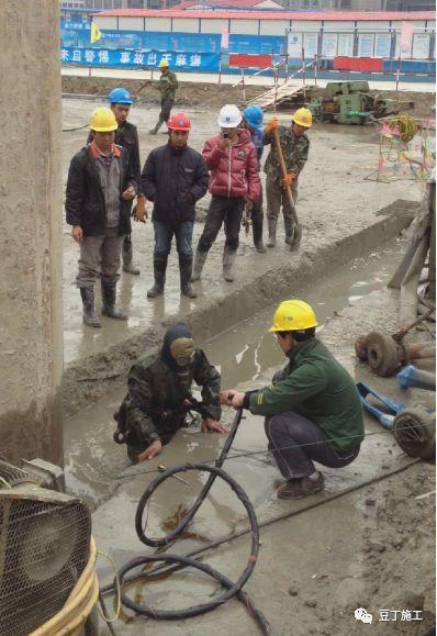 地下连续墙施工过程中,若锁口管被埋,该如何处理?_16