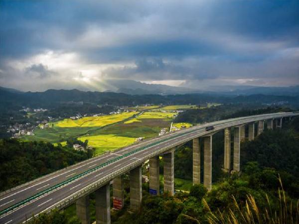 加快交通运输行业人工智能发展和应用,养护行业应该怎么做?