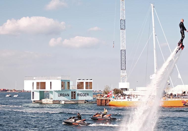 BIG作品——漂浮在海上的集装箱公寓-160923141716240.818.568.0