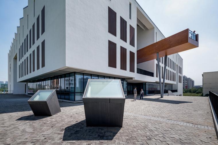 安徽大学艺术与传媒学院美术楼-3