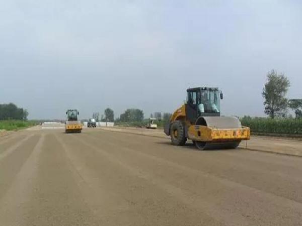 关于道路工程石灰土基层施工方法