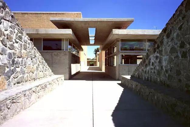墨西哥充满活力的建筑场景_13