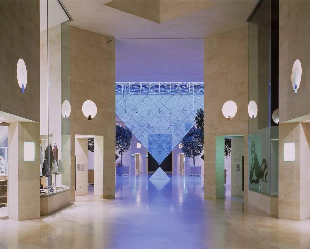 致敬贝聿铭:世界上最会用「三角形」的建筑大师_44