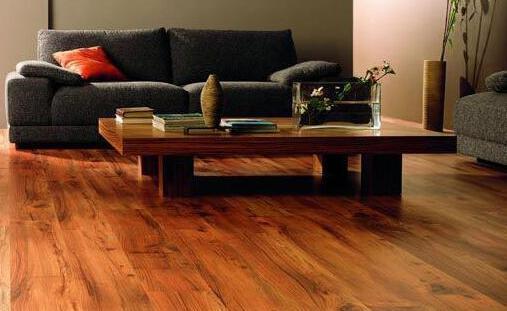 成都装修告诫家装木地板选择需谨慎!