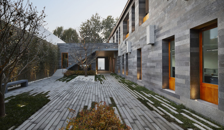 北京西海边的四合院住宅