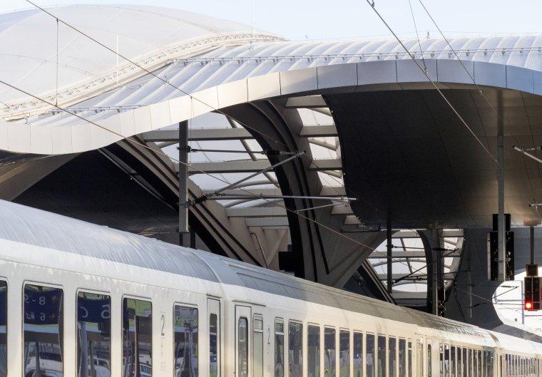 奥地利格拉茨火车站重建_5
