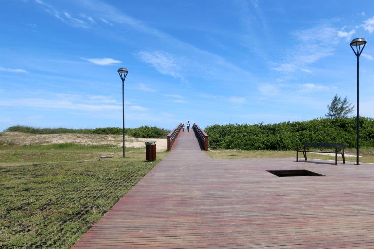 巴西海边栈道景观-4