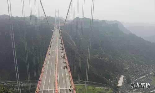 矮寨特大悬索桥施工,全方位解析世界级施工方案!