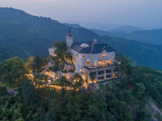 莫干山原有城堡遗迹改造裸心堡酒店
