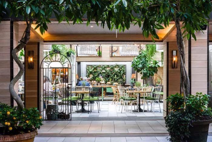 别找了,2018年最好看的餐饮空间设计都在这里了_43