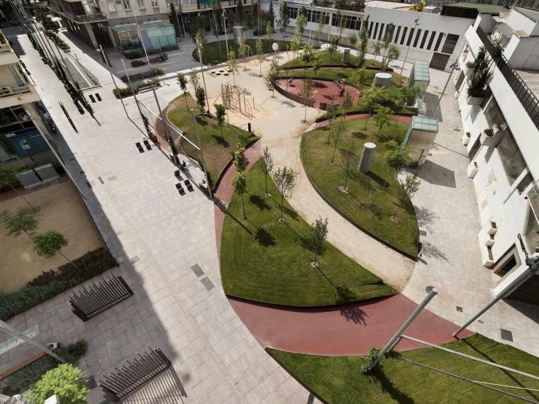 巴塞罗那绿色斜坡广场