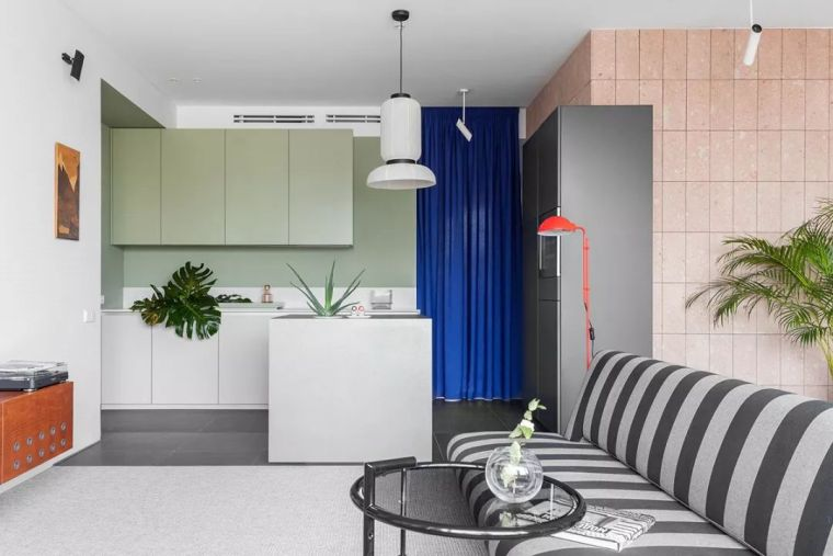 90㎡ 时尚彩色公寓,家就该这样充满活力